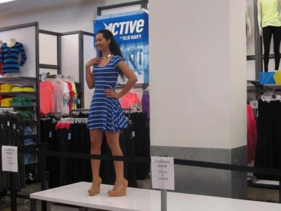 Old Navy Fashion Show Fights